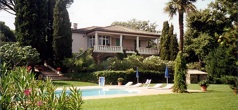 bed and breakfast in Saint Tropez, guesthouse Le Point d'Orgue with garden, swimming pool, terrace